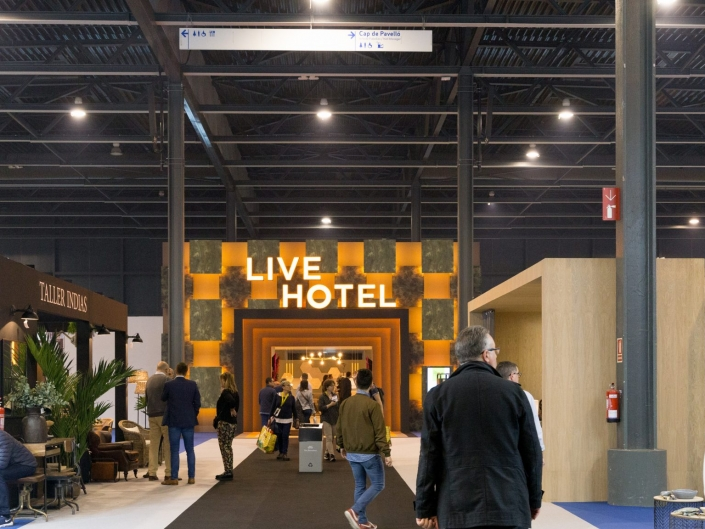 Hostelco Experience | Live Hotel